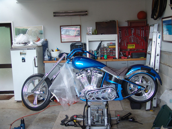 motorcycle-upholstery-custom-chopper-EscourtDatsun-050
