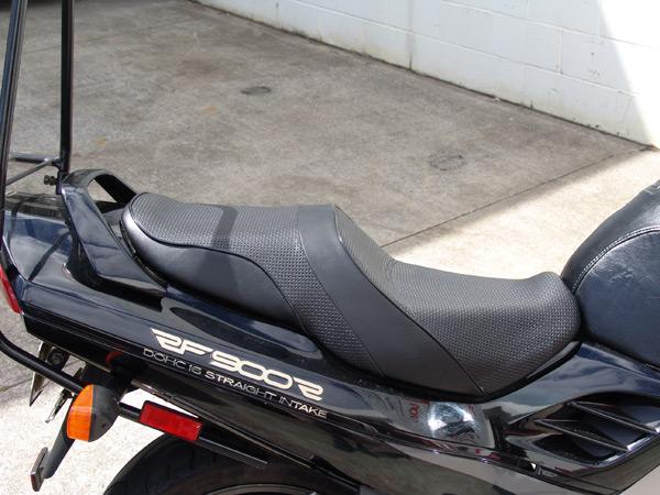 motorcycle-upholstery-suzuki-DSC00750