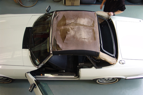 soft-top-jaguar-89-xjs-b-rotten-underneath